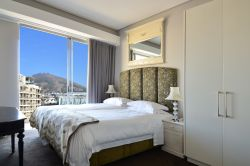 Table Bay Apartment Room Thumbnail Pic 1