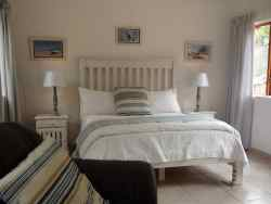 The Beach cottage - Self catering Room Thumbnail Pic 1