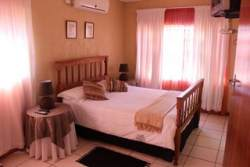 Room 3 (Selfcatering) Room Thumbnail Pic 1