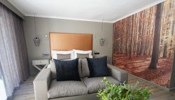 Luxury Garden Suite 5 Room Thumbnail Pic 1
