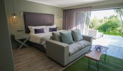 Luxury Garden Suite 7 Room Thumbnail Pic 1