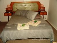 Family Unit - Double Bed  Room Thumbnail Pic 1