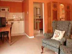 Double Room Self-Catering Room Thumbnail Pic 1