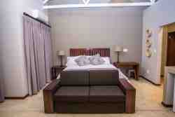 Luxury Triple Room Room Thumbnail Pic 1