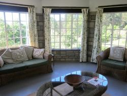 Stormy Hill Country Cottage Room Thumbnail Pic 1