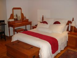 Pinotage Standard En-Suite Room Thumbnail Pic 1