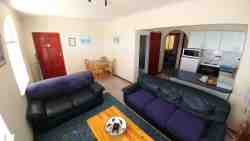 2 bed self catering apartment Room Thumbnail Pic 1