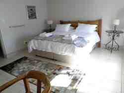 Leipoldt Accommodation Room Thumbnail Pic 1