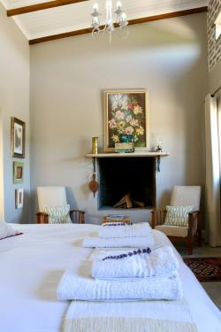 Jersey Cottage Room Thumbnail Pic 1