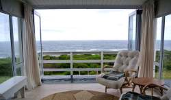 96 Beach Road, Kleinmond Room Thumbnail Pic 1