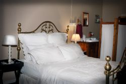 room no 4 duble room with 2 single beds Room Thumbnail Pic 1