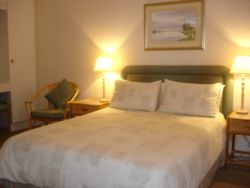 Self Catering Apartment Room Thumbnail Pic 1