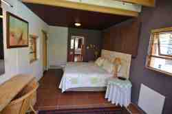 Self-catering Cottage Room Thumbnail Pic 1