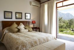 Garden View Deluxe Rooms Room Thumbnail Pic 1