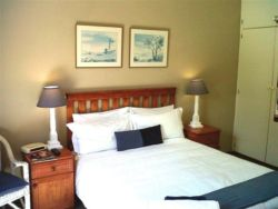 Kingfisher Suite Room Thumbnail Pic 1