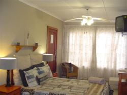 Sandpiper Suite Room Thumbnail Pic 1