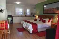 Room 7 Luxury room (Self-catering) Room Thumbnail Pic 1