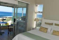 One bedroom self catering apartment  Room Thumbnail Pic 1