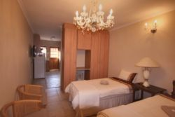 Self-Catering Cottage 6 (Sleeps 2) Room Thumbnail Pic 1