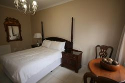Self-Catering Cottage 3 (Sleeps 5) Room Thumbnail Pic 1