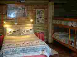 Self-catering Log Cabins Room Thumbnail Pic 1
