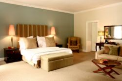 2. Luxury Rooms Room Thumbnail Pic 1