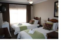 Twin  Room Thumbnail Pic 1
