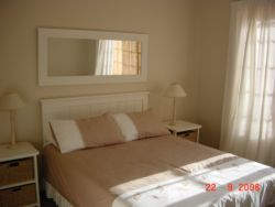 Elangeni Cottage Room Thumbnail Pic 1