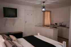 Self Catering Room � Two Single Beds Room Thumbnail Pic 1