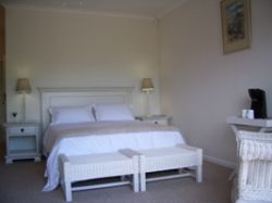 Spoonbill Double Room Room Thumbnail Pic 1