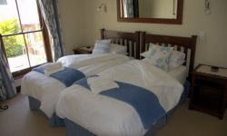 Blaauklippen Suite   Room Thumbnail Pic 1