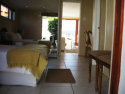 Rocky Beach Self Catering Apartment Room Thumbnail Pic 1