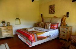 African Cultural Cottage Room Thumbnail Pic 1