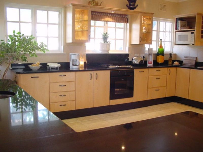 Acorn tree newlands cpt south africa for Kitchens south africa