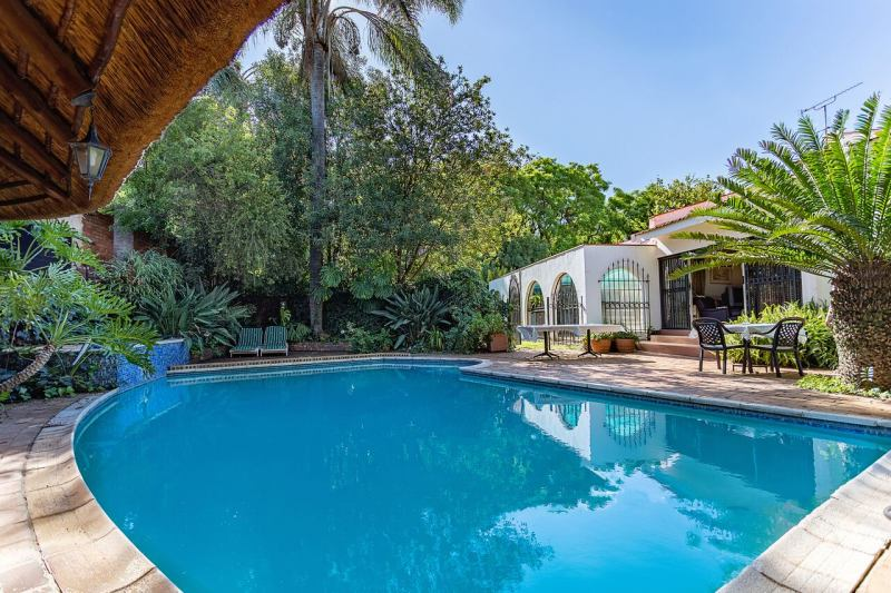 Bay tree guest house brooklyn pta south africa Swimming pool maintenance pretoria