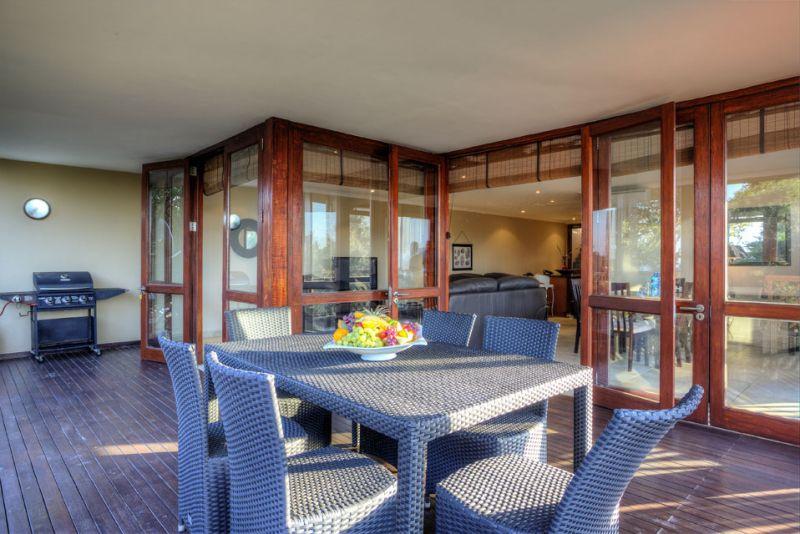 ocean reef hotel zinkwazi beach south africa. Black Bedroom Furniture Sets. Home Design Ideas