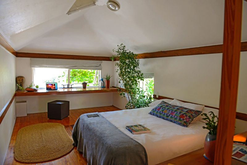 Oscar michelle cottages parkview south africa for Michelles bedroom galleries