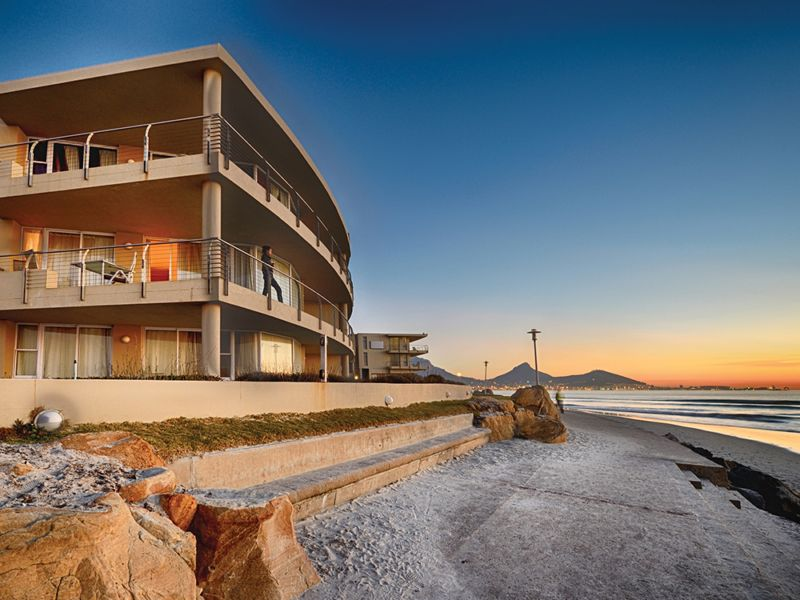 Sunstays Lagoon Beach Apartments Milnerton South Africa