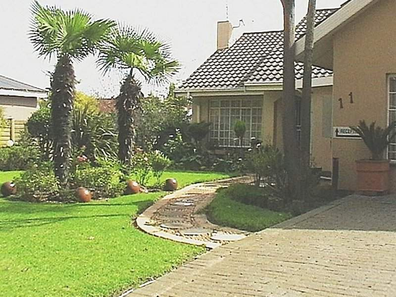 12 Ermelo Accommodation Listings From R170 pps on house investigator, house family, house layout, house planning, house logo, house powerpoint, house painter, house fans, house design, house architect, house project, house plans, house journal, house styles, house services, house worker, house investor, house interior ideas, house construction, house bed,