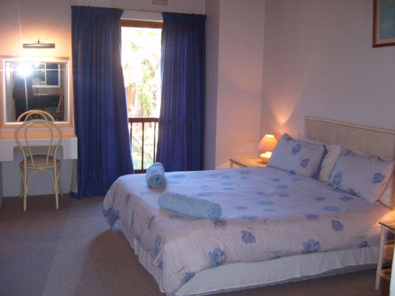The Blue Room Kc Hours