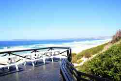 Look Out Deck over Keurbooms Beach - private access - 300m from Unit