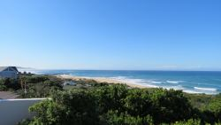 1 Milkwood East Beach, Kowie River mouth,Pier and West Beach view