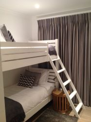Single room, Bunked bed