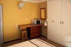 Double Bedroom .. Microwave Oven and Kettle