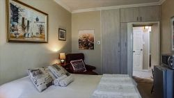 DOUBLE EN-SUITE ROOM.