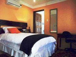 Single rooms at Acre of Africa also with own bathroom and aircons!