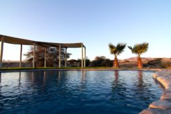 Agama-River-Lodge-Resdest-Namibia-Sossusvlei-South-Swimming pool