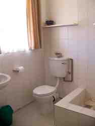 Studio no 4 bathroom with large shower