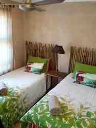 Second bedroom: 2 x single beds....