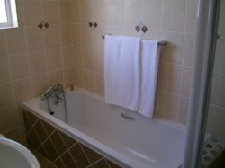 En-suite bathroom - Taxco